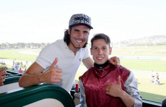 PSG'li ünlü futbolcu stresini At Yarışlarında atıyor!